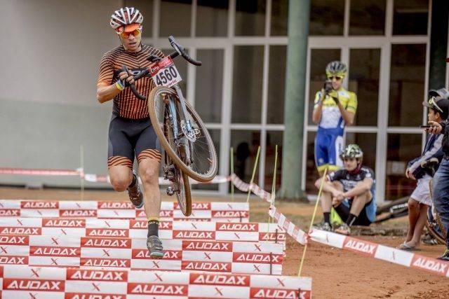 Atleta Robson Ferreira é campeão do Desafio Audax Cyclocross na CIMTB Levorin em Ouro  Preto