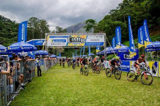 Primeiro dia reúne Short Track, XCO e Night Run na CIMTB Michelin, em Petrópolis