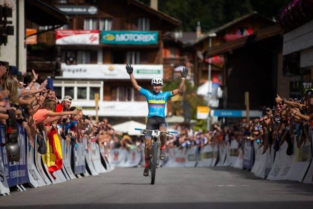 Colombiano Leonardo Paéz vence Mundial de Maratona e título mantém com América Sul