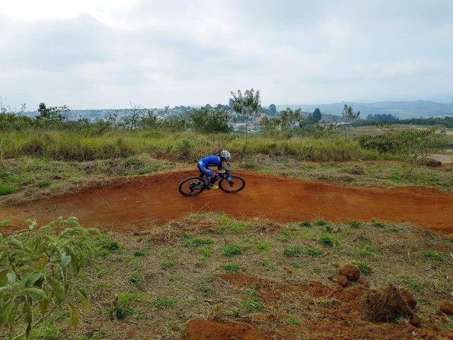 Vídeo – Pista de XCO em Taubaté garante fluidez e diversão a competidores