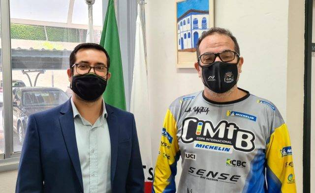 Equipe da CIMTB Michelin visita Araxá